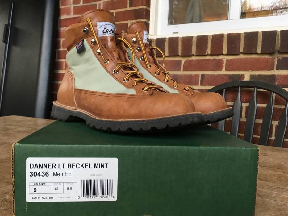 3249303a72fcd Danner Danner Light Beckel Mint Size 9 - Boots for Sale - Grailed