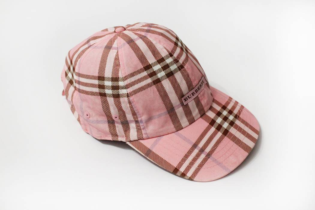 ff0841959d0 Burberry BURBERRY PINK NOVA CHECK CAP Size one size - Hats for Sale ...