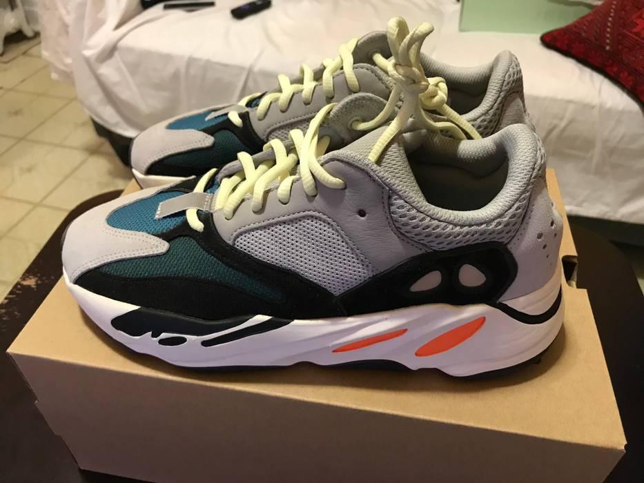 bc5651df627 Adidas Kanye West ADIDAS YEEZY BOOST 700 WAVERUNNER Size 8 Size US 8   EU 41