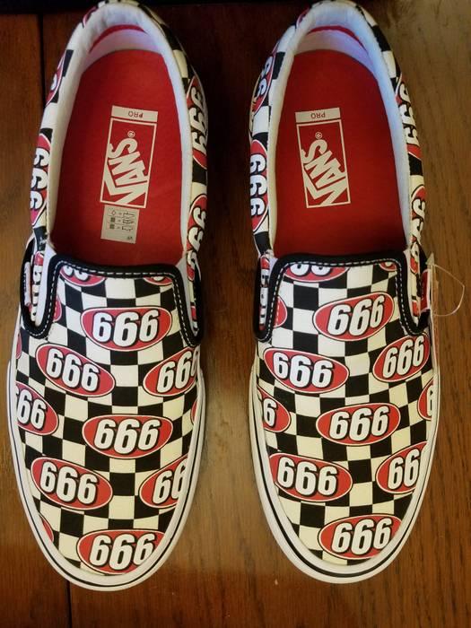 a4a7b83bf7 Supreme Slip-On Pro (Supreme 666) Checker Size 9.5 - Slip Ons for ...