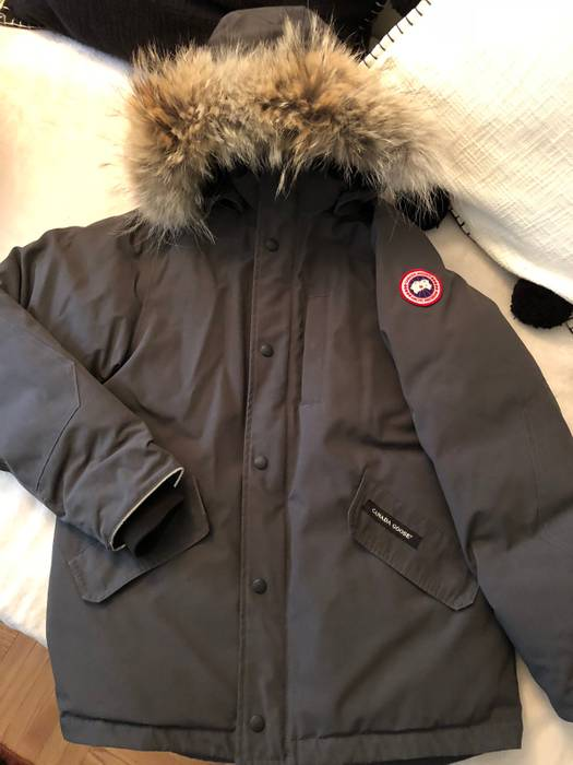687fdd1337b4 Canada Goose Canada Goose Logan Parka Size xs - Heavy Coats for Sale ...