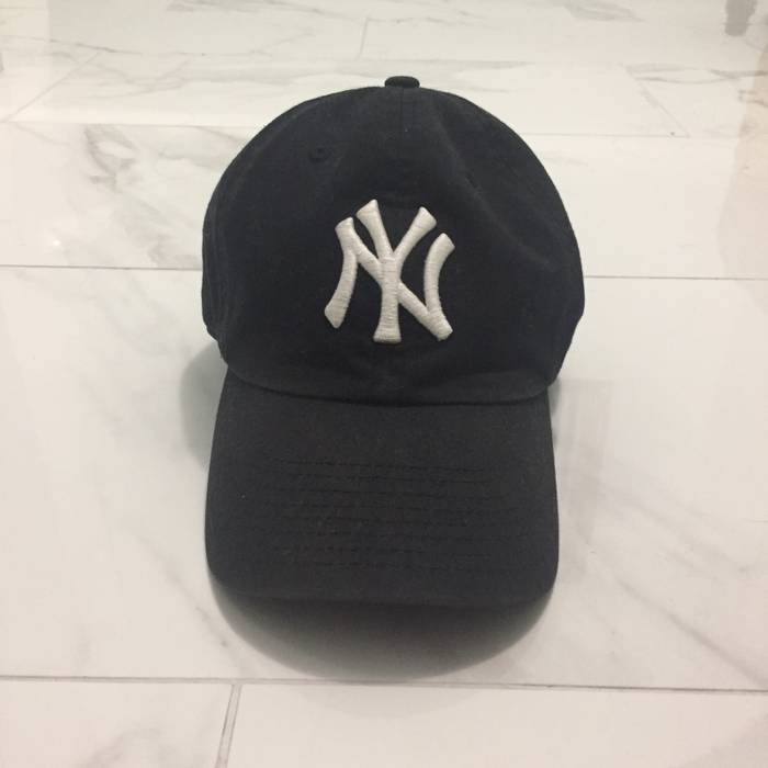 Lids Blue Yankees Adjustable Dad Cap Size one size - Hats for Sale ... 60a955af069