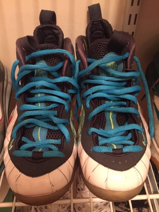 Nike Nike Foamposite Weatherman s Size 8 - Hi-Top Sneakers for Sale ... 5b1b6ab60