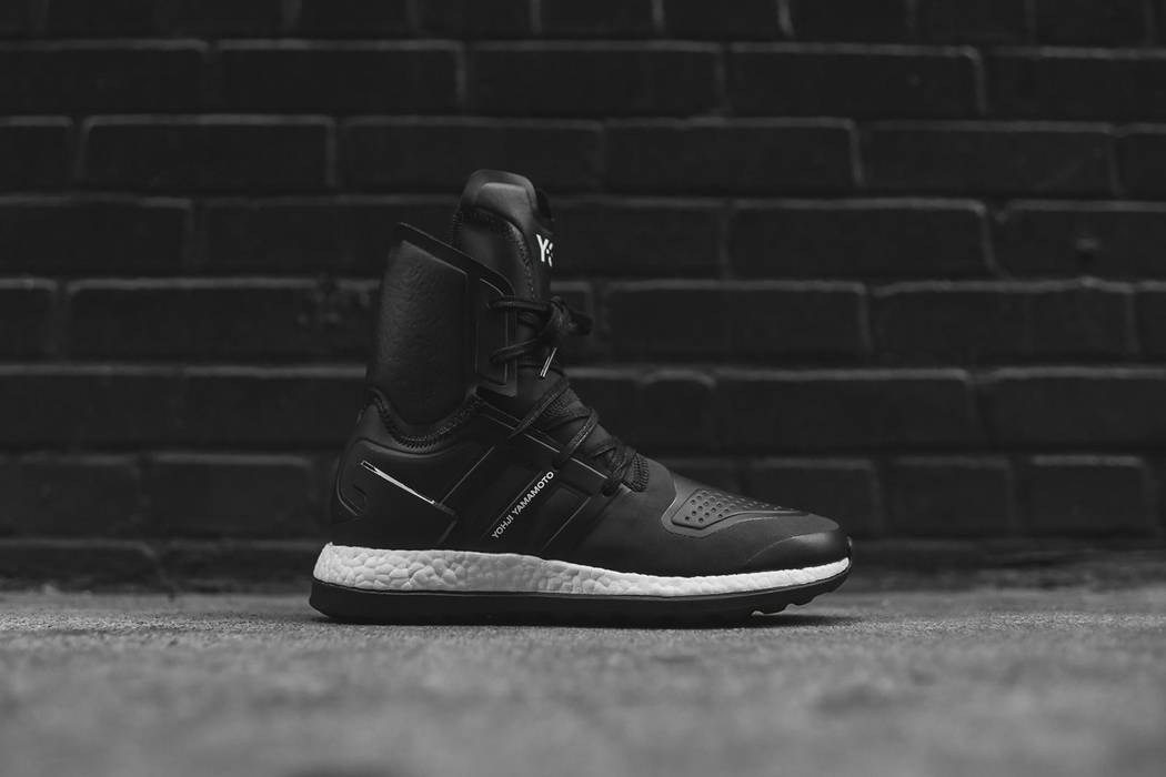 01a40dbd8cd Y-3 Pure Boost ZG High - Black White Size 8.5 - Hi-Top Sneakers for ...