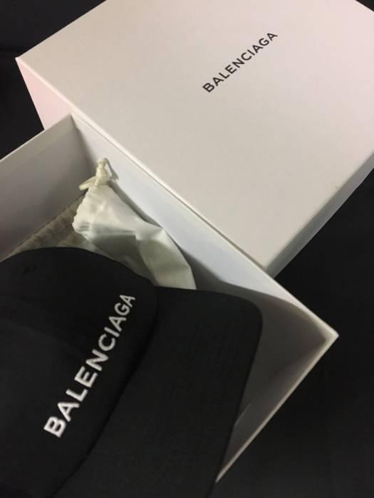 7c3f401a5c7 Balenciaga Dad Cap Demna Gvasalia Logo Size one size - Hats for Sale ...