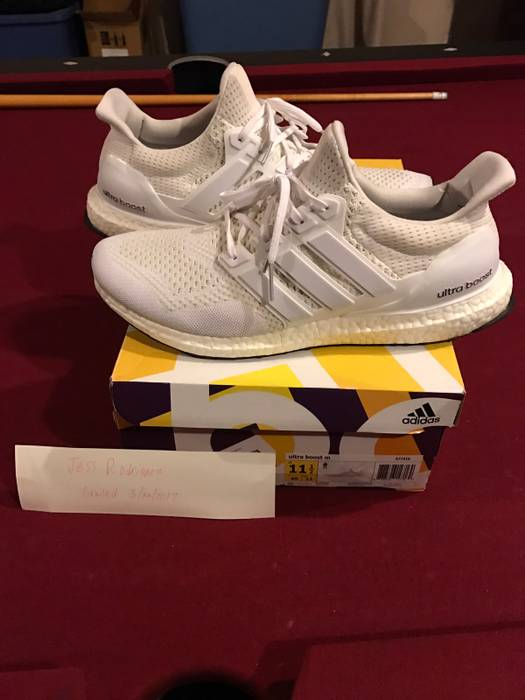 74b047e116714 Adidas Triple White Ultra Boost 1.0 Size 11.5 - Low-Top Sneakers for ...