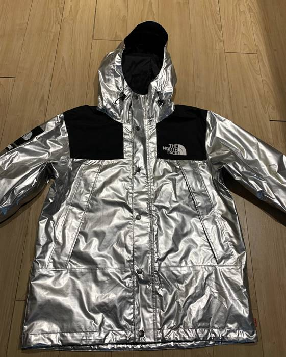 Supreme Supreme X The North Face Jacket Metallic Size M Light