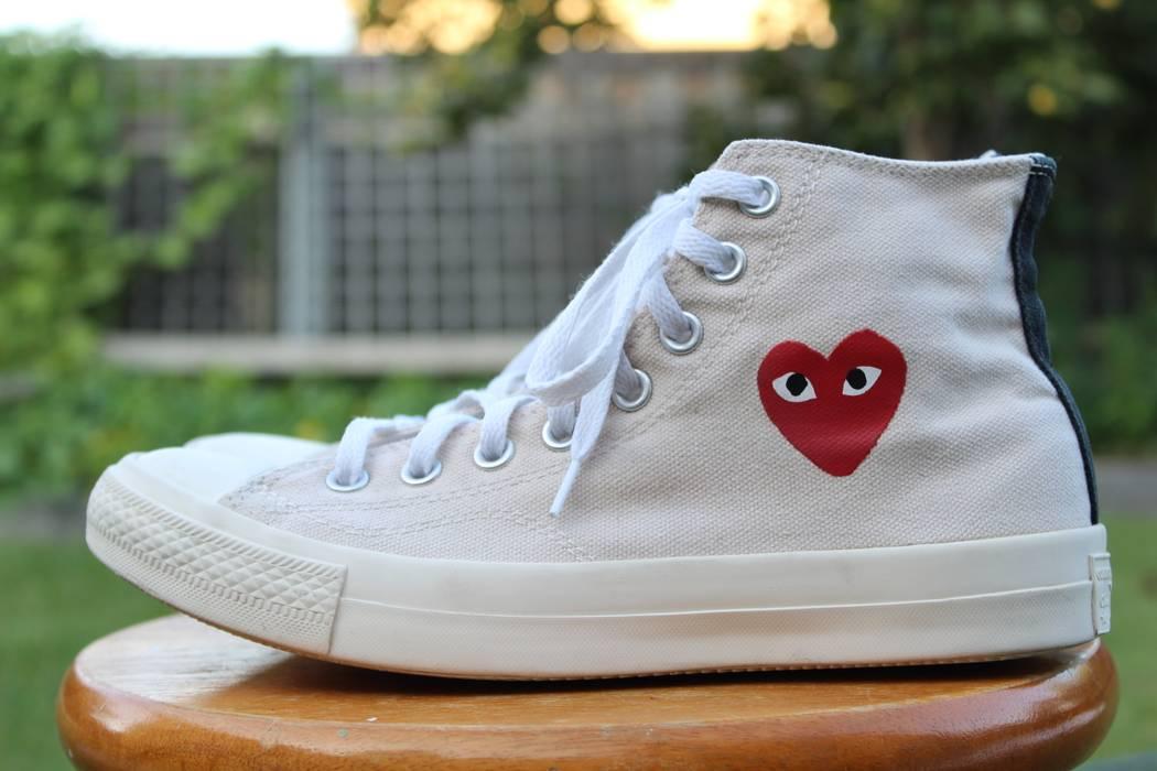 bdb21685cc66 ... Converse CDG High Tops Cream White Little Heart OG 1.0 Size US 7 EU ...