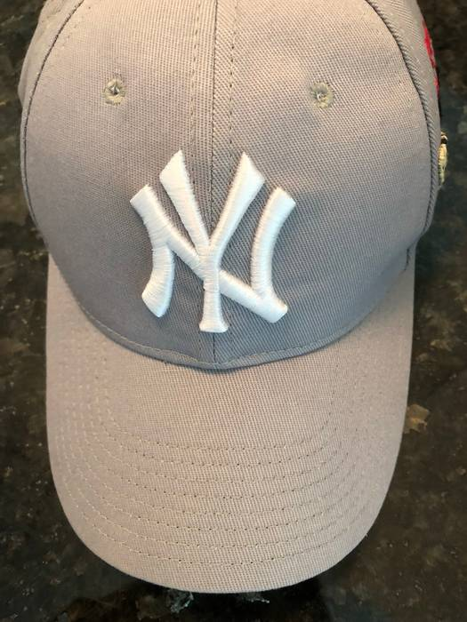 769021edc27 Gucci Gucci New York Yankees Hat Grey Size one size - Hats for Sale ...