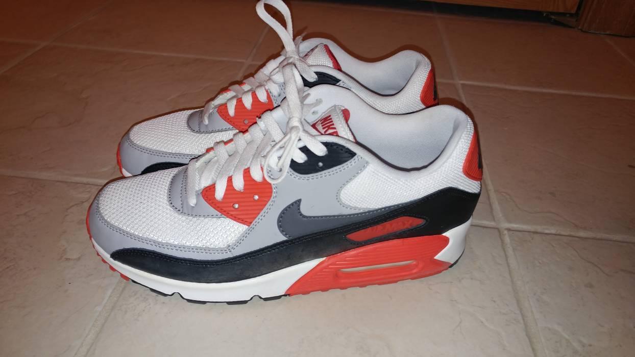 Nike Air Max 90 OG Infrared, Men's Fashion on Carousell