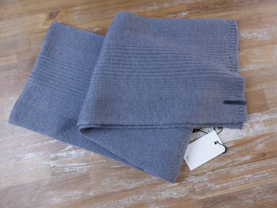 0d5cf778a9 Dior DIOR HOMME gray wool ribbed scarf - NWT Size one size - Gloves ...