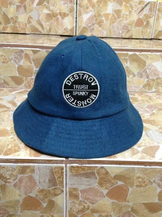 Jean Michel Basquiat Jean Michel Basquiat Bucket Hat Size one size ... 42274d0e04f