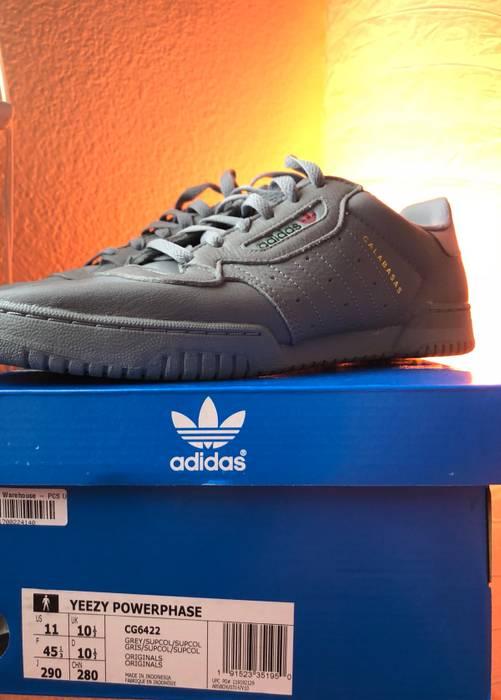 2cc19c0258e Adidas Kanye West YEEZY POWERPHASE CALABASAS  GREY  Size US 11   EU 44 -
