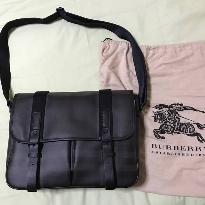 Burberry Coated Canvas Messenger Bag (Brand New) Size one size ... 843e3e72456b2