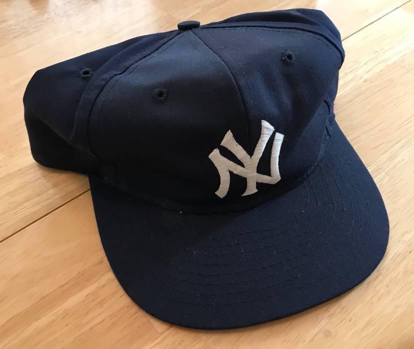 Vintage Yankees New York SnapBack Vintage Hat Cap Buffalo Supreme ... 1b2eb991646