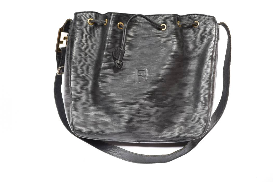 26549a22a74e Fendi black vintage leather bag Size one size - Bags   Luggage for ...