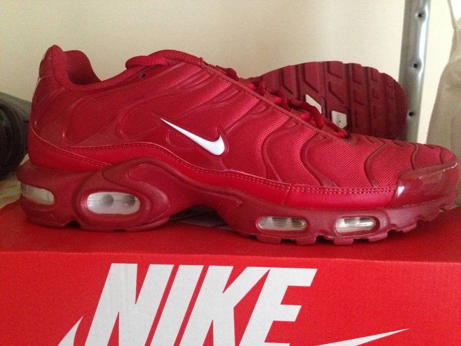 new style bb3ca deb0a ... get nike. nike air max plus tuned pepper daf6d fcaf1