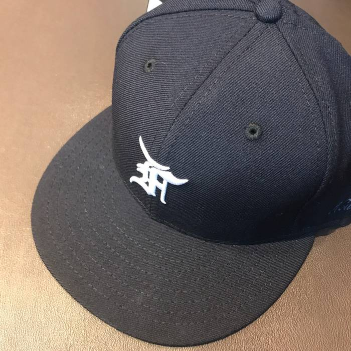 3a7db9bea57 Fear of God Fear Of God FOG 5th Collection New Era 59FIFTY   Navy Size ONE
