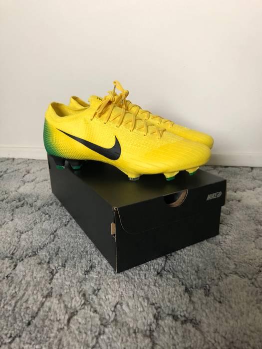 aa53dd3061 Nike Mercurial Vapor (iii) Heritage Pack BRAZIL 2018 Size 9.5 ...