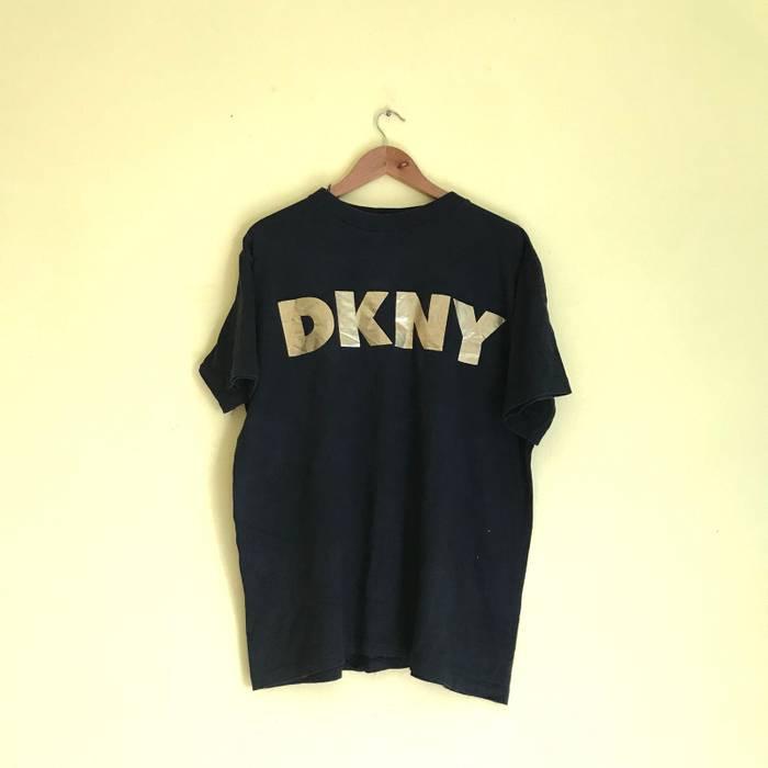 Vintage Vintage 90 s Donna Karan New York DKNY Big Logo Design T Shirt Size  US L d0cace78352