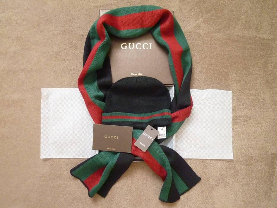 Gucci BNWT Wool Silk Beanie   Scarf Set Size one size - Gloves ... 43cec7ab6b7