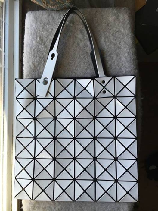 Issey Miyake Bao Bao tote Size one size - Bags   Luggage for Sale ... d9a4dae5bb52b