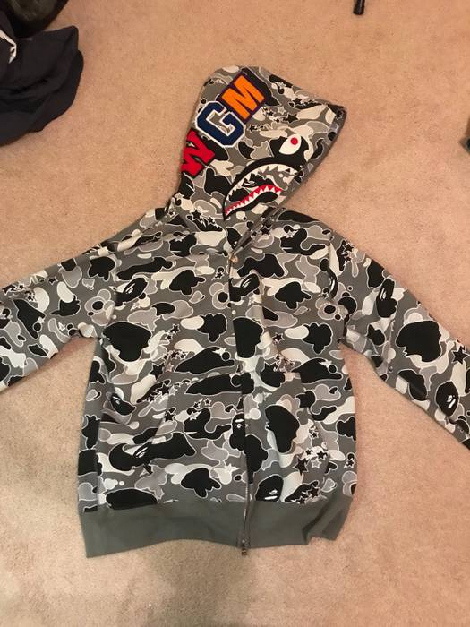 54d00ac15810 Bape Bape Shark Hoodie Size xl - Sweatshirts   Hoodies for Sale ...
