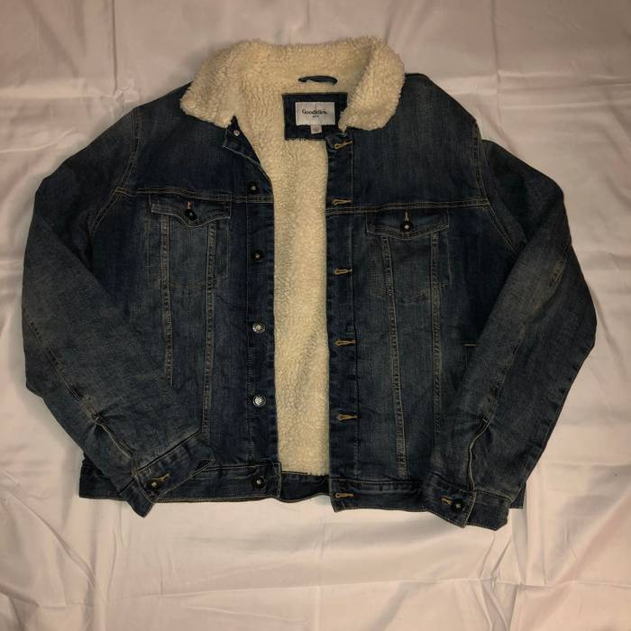 3185a86b9a Supreme Sherpa Lined Jean Jacket Size m - Denim Jackets for Sale ...