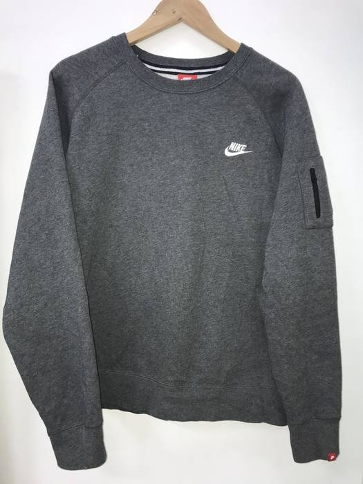 15cfb51fae3b Nike (LAST DROP BEFORE DELETE)Nike Tech Sweatshirt Size l ...