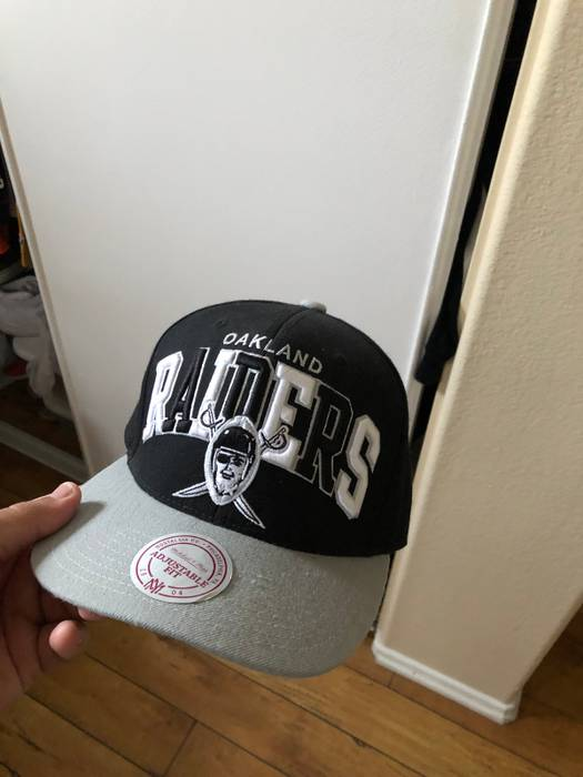 84377adfb Vintage Raiders Throwback SnapBack Size one size - Hats for Sale ...