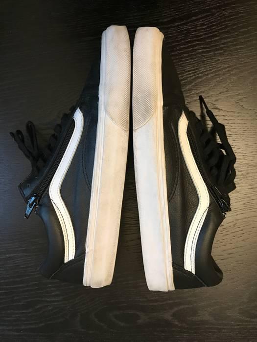 c3926375fa8 Vans Vans Old Skool Zip Premium Leather Black White Size US 10   EU 43