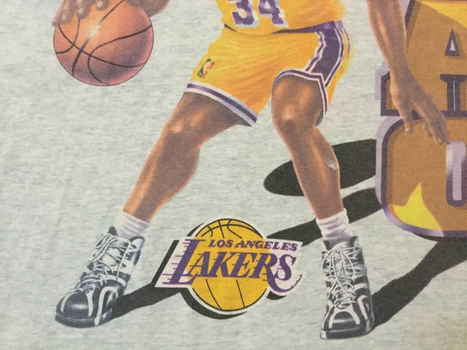 Vintage Vintage NBA Shaq  34 Los Angeles Lakers tshirt American basketball Shaquille  O Neal 39263677099f