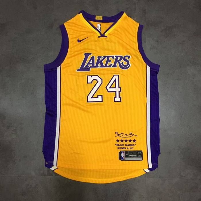 bed05a09a910 Nba Lakers Kobe Bryant Limited Yellow Jersey Size l - Jerseys for ...