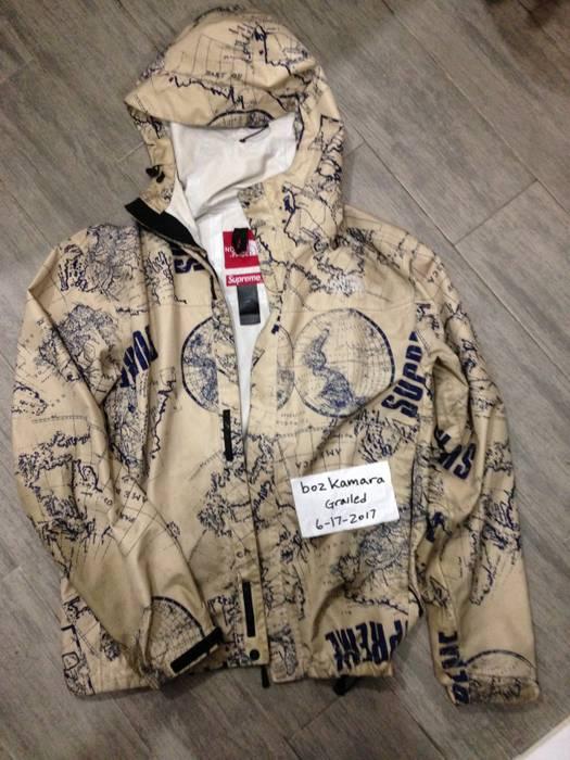 Supreme Supreme X The North Face Venture Jacket Size M Sweatshirts