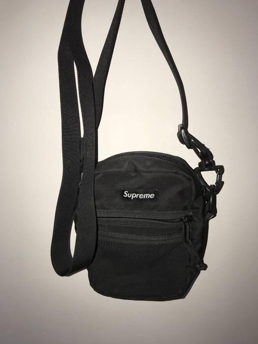 Supreme Supreme Messenger Bag Shoulder Bag Size one size - Bags ... ee1d5e73f43e3