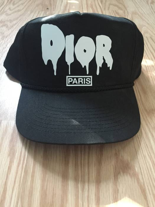 Unknown Dior Paris Snapback Size one size - Hats for Sale - Grailed 939e6db8328