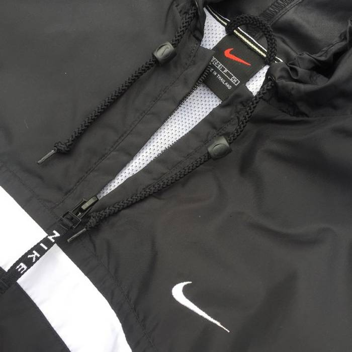 763ba7c7db Nike BLACK TAG OG VINTAGE CRISPY CLEAN NIKE WINDBREAKER BEAutiful details  Nike check 10 10 condition ...