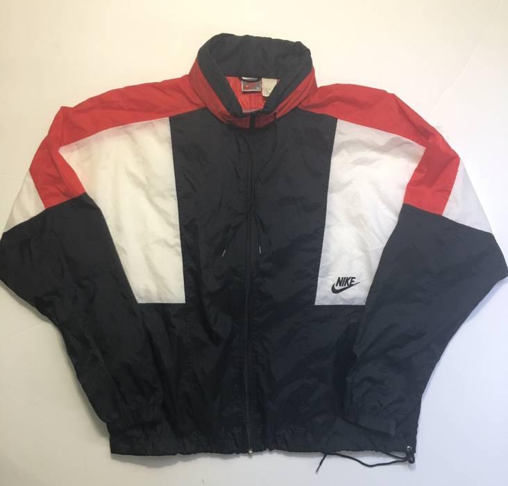 6e13ec6aa177 Nike Vintage 90s Nike Air Swoosh Windbreaker Jacket Size US M   EU 48-50