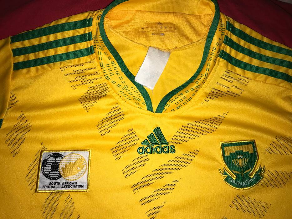Vintage 2010 FIFA WORLD CUP Jersey South Africa Soccer Size US S   EU 44- 61ad12fc3