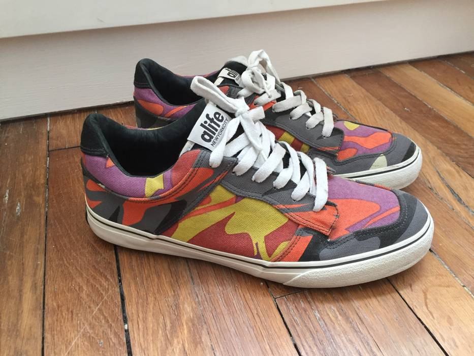 814d3b9a22 Alife Alife Low Vans Era Multicolor Camo Size 10.5 - Low-Top ...