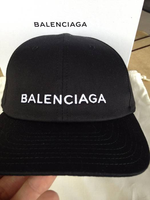 fa4fd61bc4f Balenciaga Baseball Cap Balenciaga Size one size - Hats for Sale ...