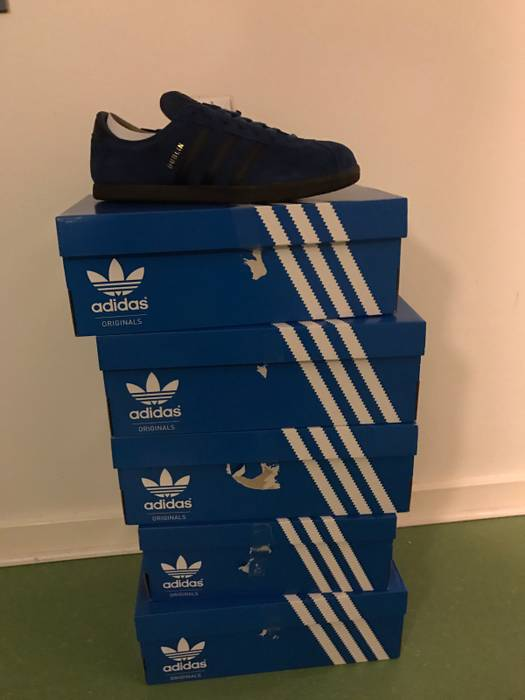 reputable site f481e ceffc Adidas Adidas Dublin Taiwan, Size Exclusive Size US 8  EU 41