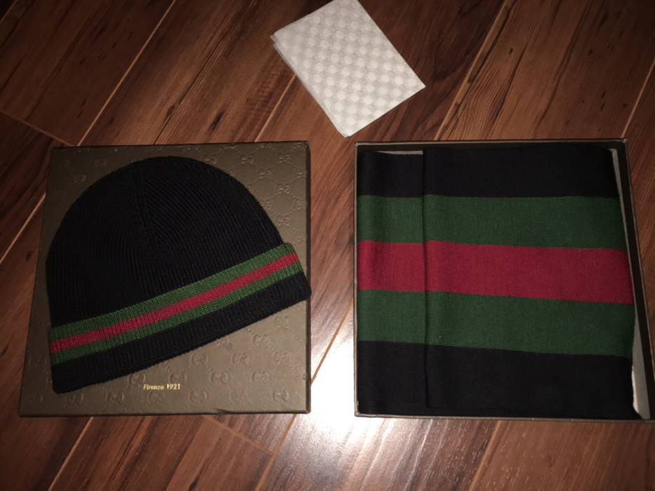 Gucci Gucci Winter Hat and Scarf Size one size - Hats for Sale - Grailed 813aa807340e
