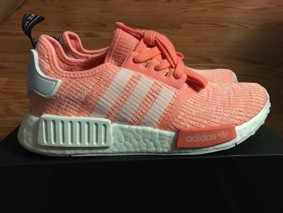 d80ce4cd92fc4 Adidas Adidas NMD R1 Sun Glow Salmon Pink Haze Coral Size 6 BY3034 Ultra  Boost Yeezy