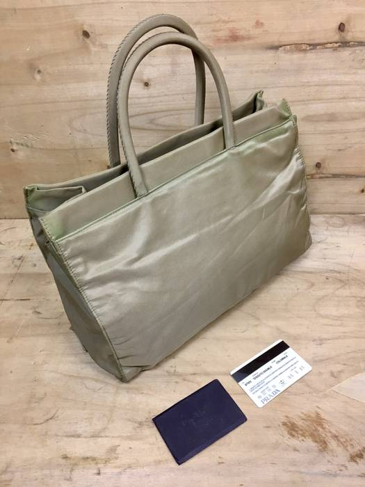 Vintage RARE VINTAGE PRADA TESSUTO DOUBLE COLONIALE B7953 NYLON TOTE BAG  WITH AUTHENTICITY CARD Size ONE d5dac2451ca88
