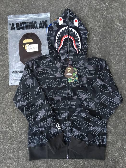 685190413d25 Bape Bape Black Text Color Camo Shark Hoodie Size xxl - Parkas for ...