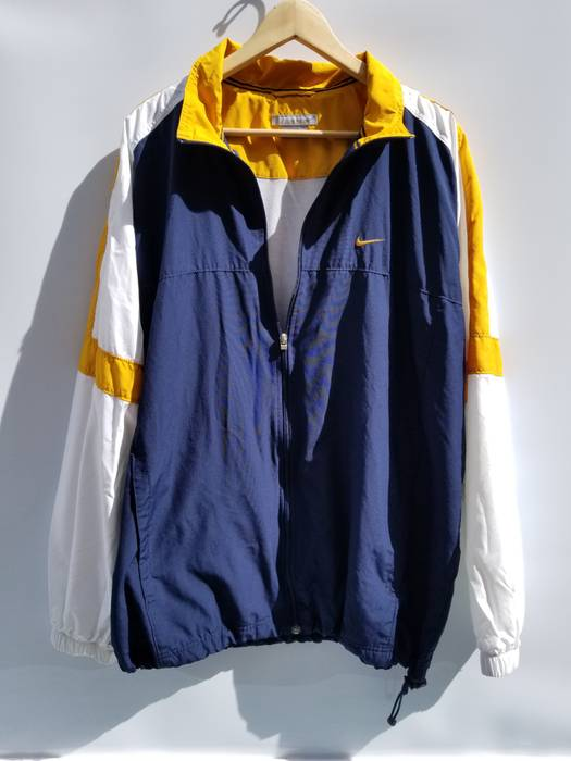 776b22d1a2 Nike Vintage Nike Swoosh Light Jacket Size xl - Light Jackets for ...