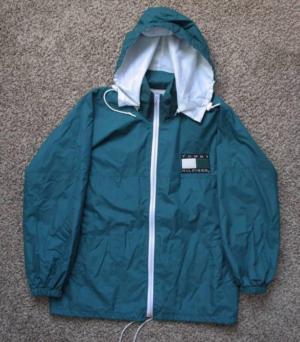 4b7335488 Tommy Hilfiger Vintage Bootleg Coaches Jacket Size m - Light Jackets ...