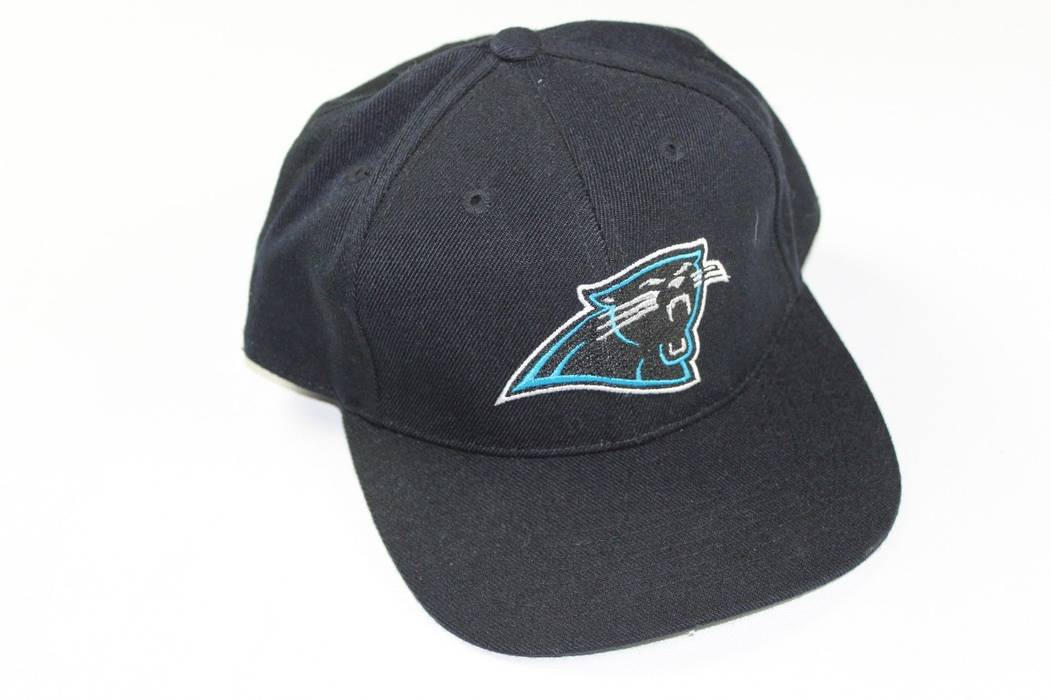 54a0551c344 Vintage Vintage 90s SPORTS SPECIALTIES 7 1 8 Carolina Panthers NFL Football  Fitted Hat Size