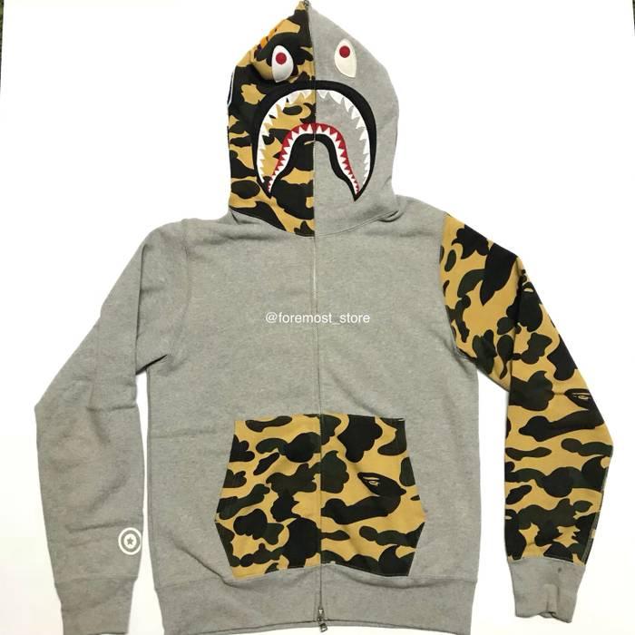 4c967b7eaa29 Bape Bape shark hoodie Size m - Sweatshirts   Hoodies for Sale - Grailed